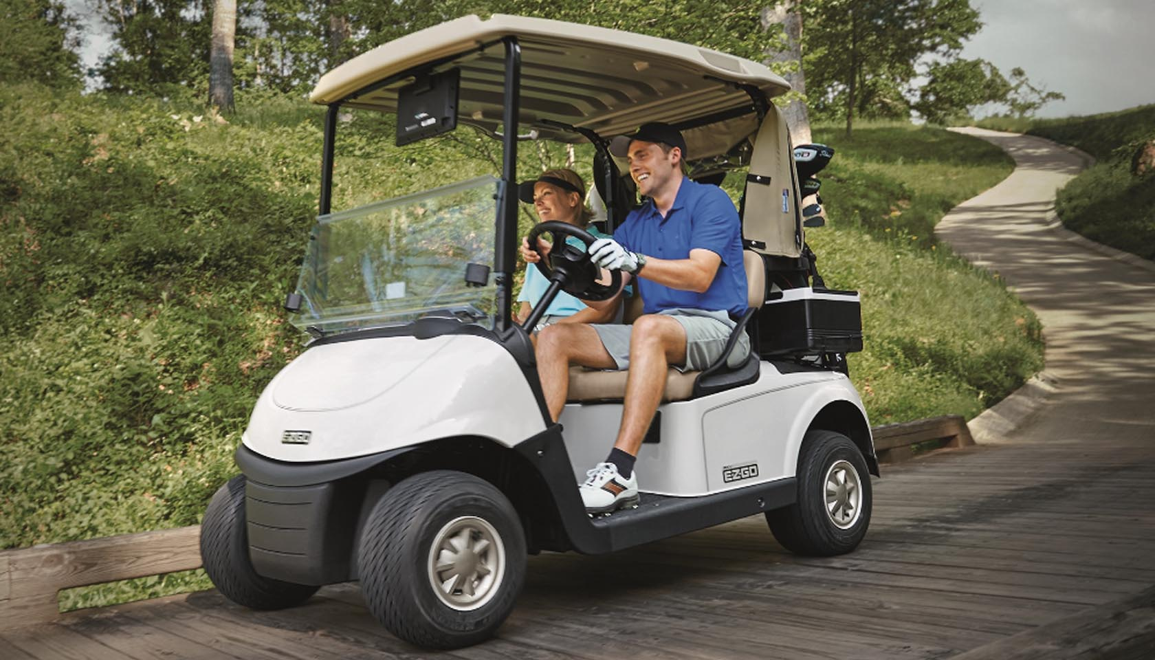 The Golf Business: Lithium Battery is the Best Choice for Golf Buggies